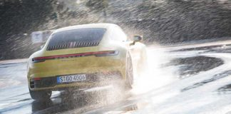 Porsche Wet Mode - High driving stability even in the rain