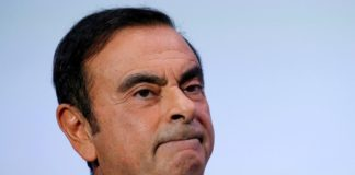 Renault Ghosn remains director of Renault, Bollore chairman of Renault-Nissan