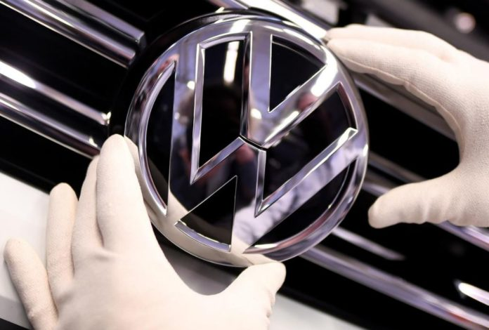 Volkswagen's emissions problems cost the carmaker 3.6 billion euros in 2018 source
